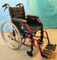 Invalidski voziček Meyra, z dodatnima zavorama
